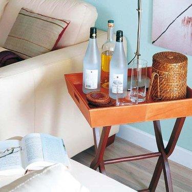 столик для алкоголя