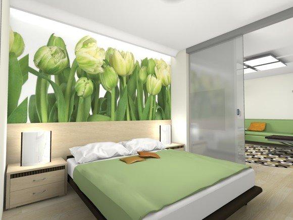 Красивые тюльпаны в спальне.