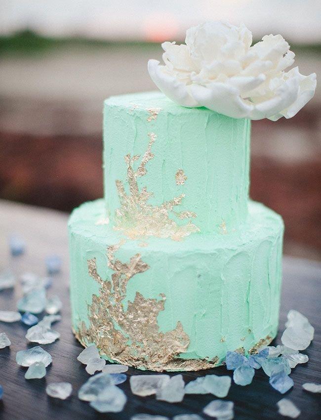 Маленький торт на свадьбу