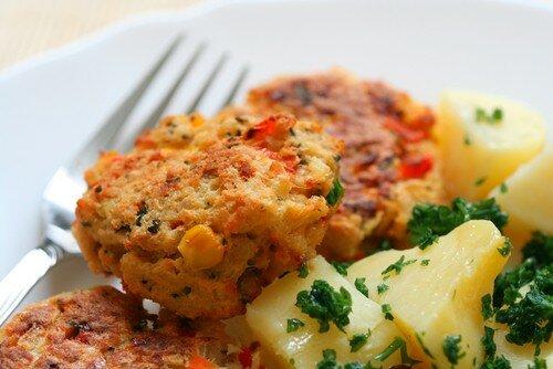 Биточки из морского окуня. Вам предлагаются рецепты приготовления вторых блюд из рыбы с фото готового изделия. - Рецепты приготовления рыбных блюд - Вторые блюда, рецепты приготовления - Рецепты приготовления салатов, супов, рецепты выпечки с фото - Рецепты приготовления супа, рецепты салатов, тортов