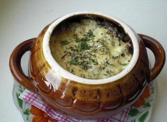Фрикадельки с картошкой под сыром