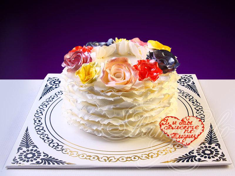 Подарочный торт нежные цветы № 910 с доставкой по Москве от кондитерского предприятия «Алтуфьево»