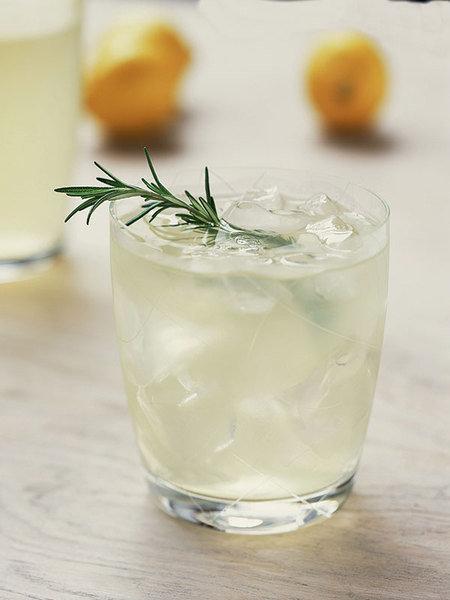 Лимонад с травами