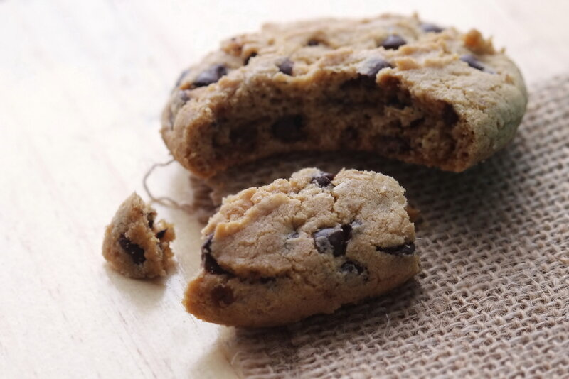 Овсяное печенье с сухофруктами и шоколадом