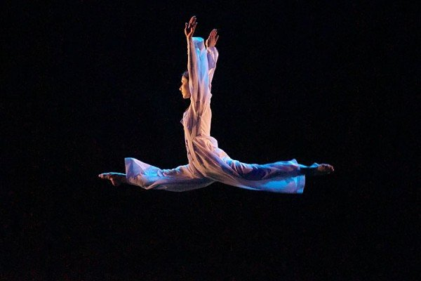 Постановка балета Евгения Панфилова «Река». Открытие IFMC-2015. Фото Сергея Серебро