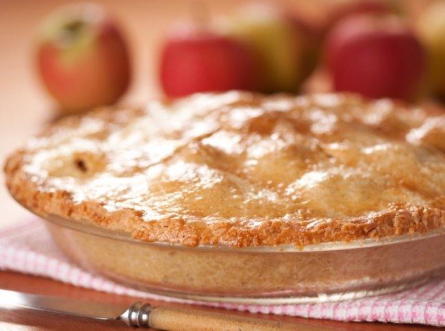 Шарлотка с яблоками - Портал Домашний