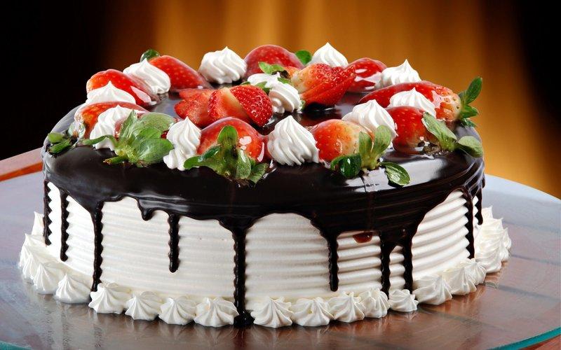 Сладкий клубничный торт обои, картинки, фото