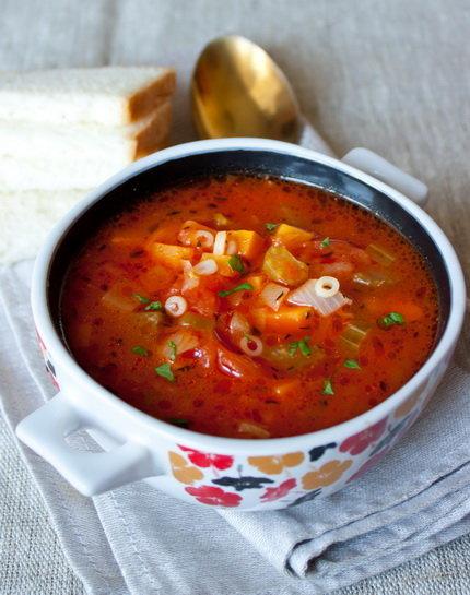 Томатный овощной суп - простые кулинарные рецепты с фото