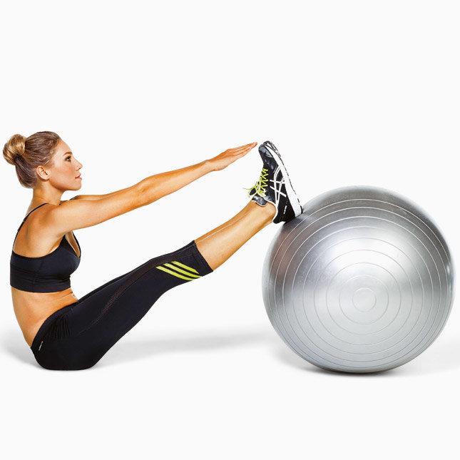 Упражнения с мячом для фитнеса: действенные упражнения для похудения