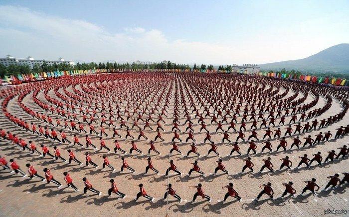 Утренняя зарядка в Китае © Esquire