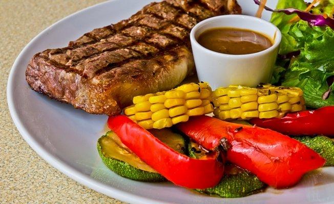 Вкусный стейк: секреты поваров