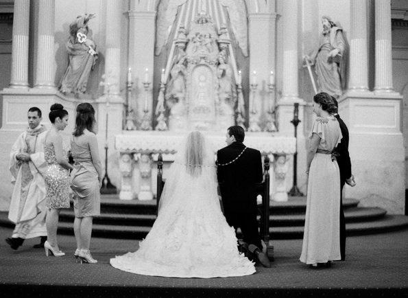 Новоарлеанская свадьба в черных галстуках-бабочках