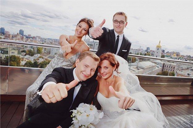 Обязанности свидетелей на свадьбе - Cosmopolitan Bride