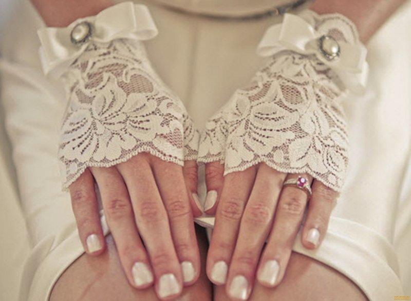 Свадебные перчатки для невесты