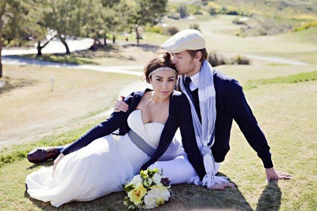 Цвета для свадьбы весной: темно-синий