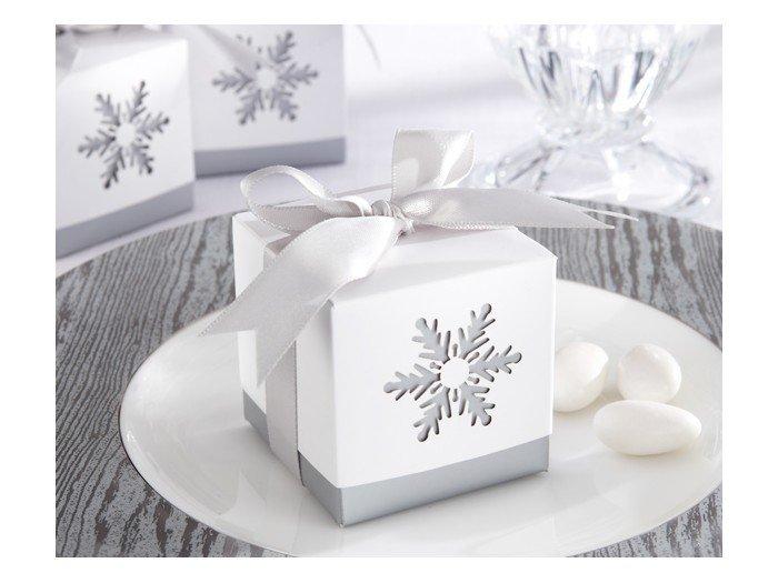 Зимняя сказка - бонбоньерка для зимней свадьбы