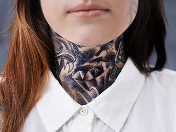 Татуировки на шее