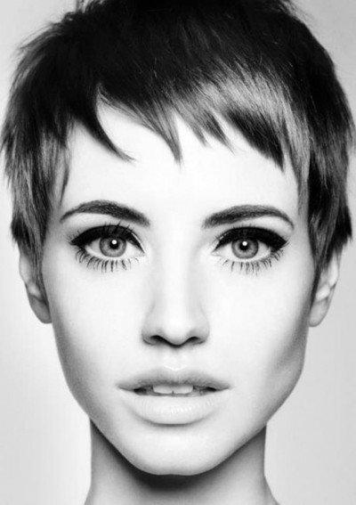 Стрижки на короткие волосы - очень короткие, ассиметричные, креативные. Кому подходят короткие стрижки и история возникновения | VolosoMagia.ru