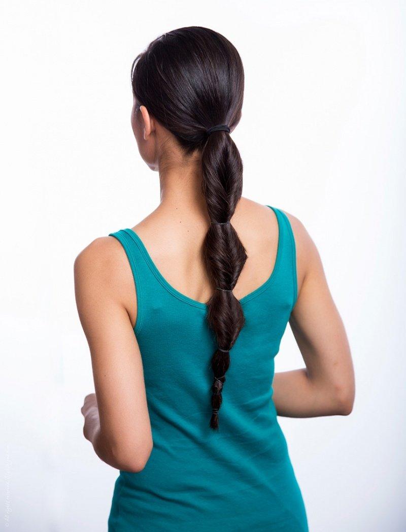 Стильный хвост из длинных волос