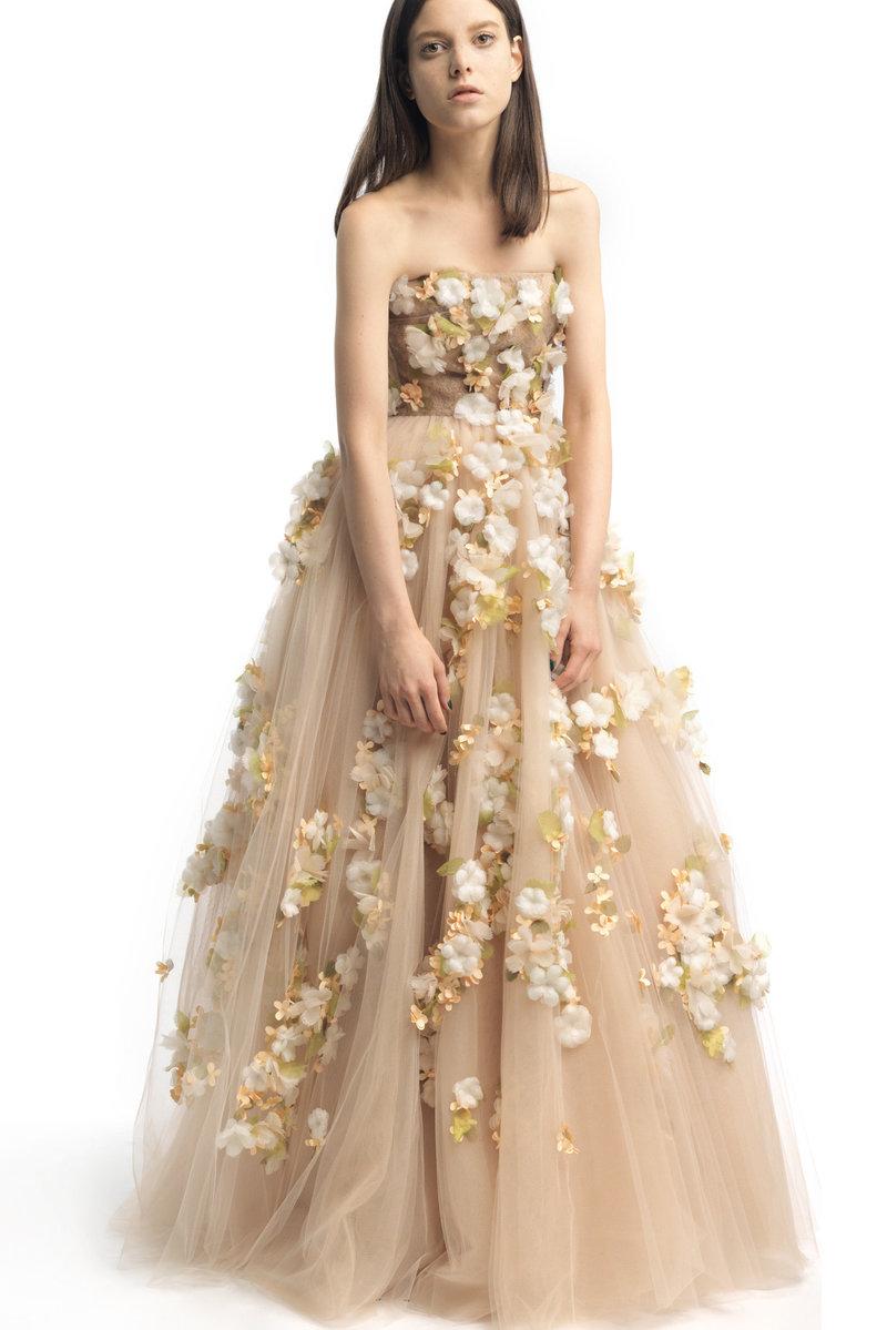 Платье с фатина с цветами
