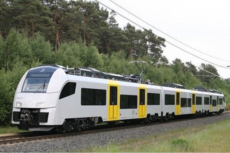 Соглашение о том, что на совместном предприятии группы «Синара» и концерна Siemens будет вестись производство скоростных пригородных электропоездов Desiro, подписано в Сочи.    Электропоезд Desiro. Фото с сайта siemens.com...