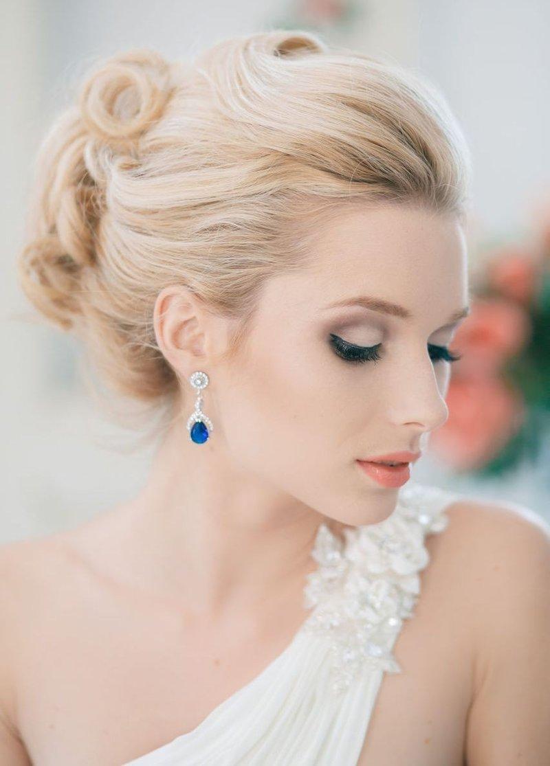 Каждой девушке всегда хочется выглядеть красиво. В особенности, когда речь идет о свадьбе. Тут уж как не крути, а красивой невеста быть обязана.