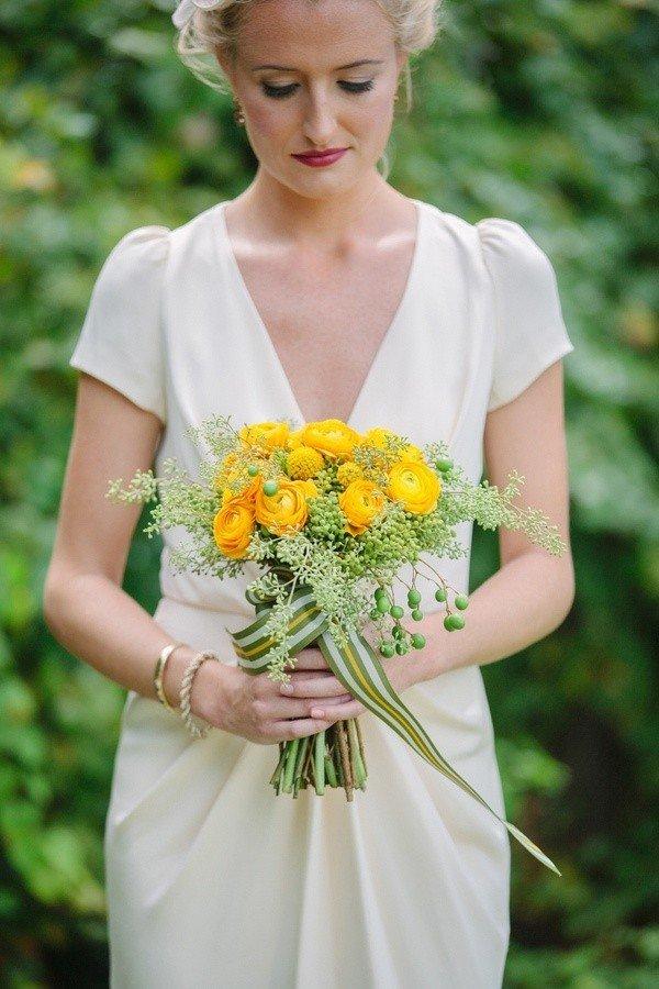Цветы санкт-петербурге, букет невесты с осокойся