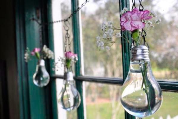 Лампочка-ваза. Повторное использование лампочек, лампочки в дизайне