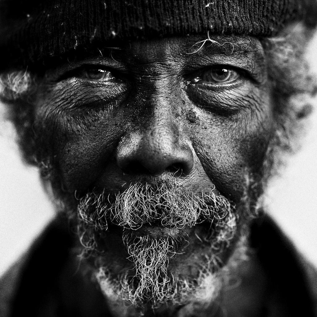 профессиональные черно белые фотографии людей геленджикское