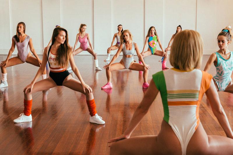 танцы фитнес 90-х