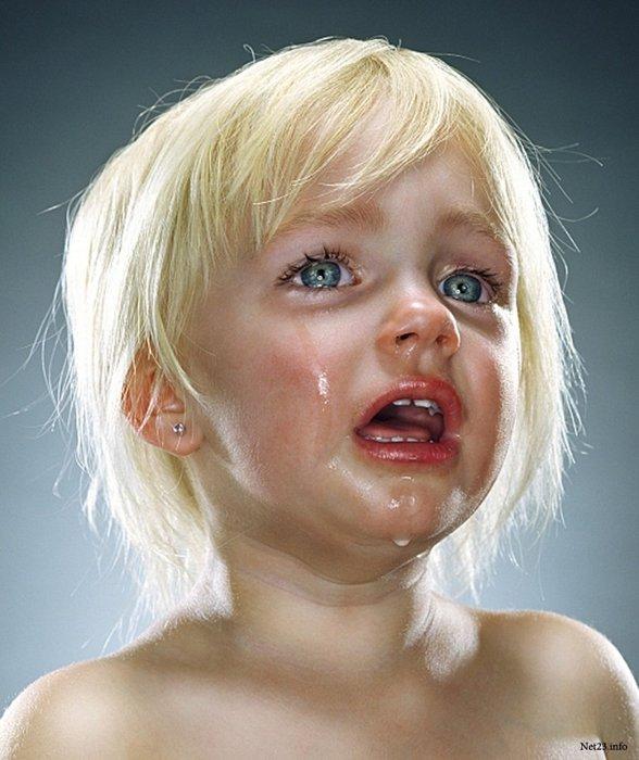 Картинка прикол ребенок плачет