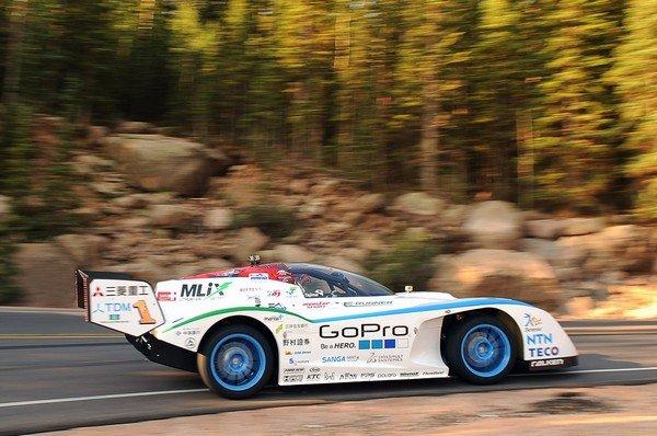 Monster Sport E-RUNNER – гоночный спринтер от Mitsubishi.