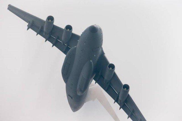 По информации китайских средств массовой информации, военно-транспортный самолет Y-20 скоро будет принят на вооружение ВВС НОАК.