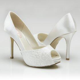 b909374e3 Кружевные белые туфли на высоком каблуке и скрытой платформе ...