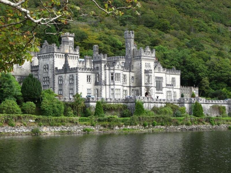 Аббатство Кайлмор в графстве Голуэй, Ирландия