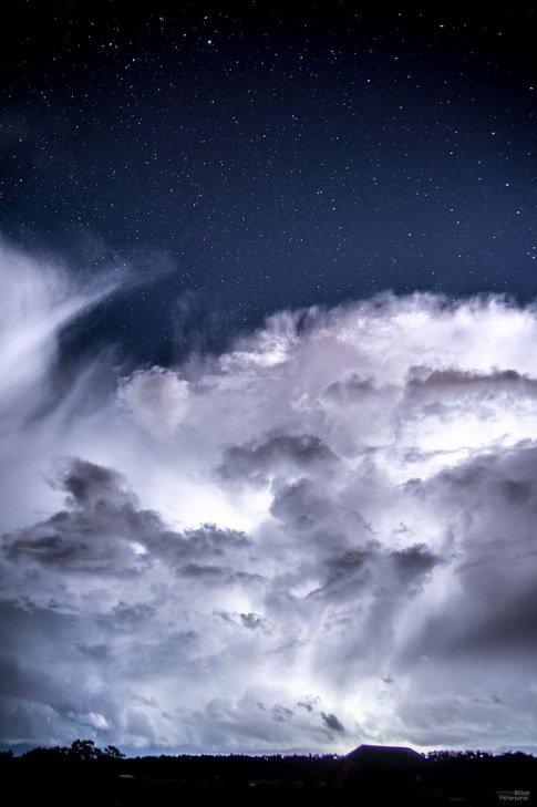 Звёздный дождь и гроза звёзды, звездопад, персеиды, гроза, фото, Латвия, длиннопост