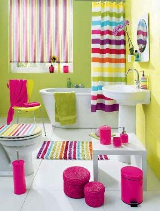 Оформление ванной в ярких оттенках, создает отличное настроение, когда пребываешь там.