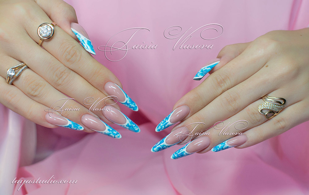 Дизайн ногтей френч голубой с рисунком фото