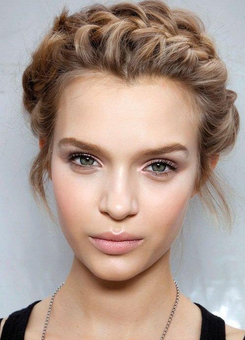 Красота: фото макияжа в стиле нюд
