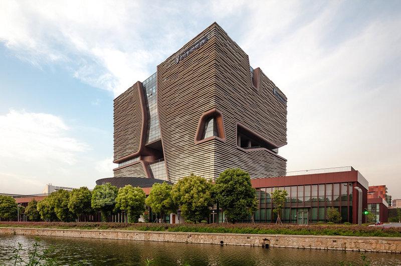 Университет «Xi'an Jiaotong–Liverpool University»,  г. Сучжоу (Китай)