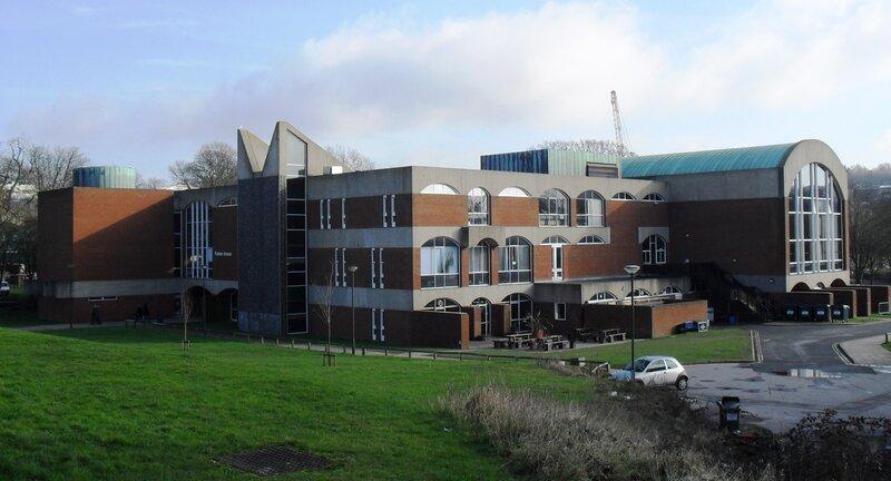 Сассекском университете