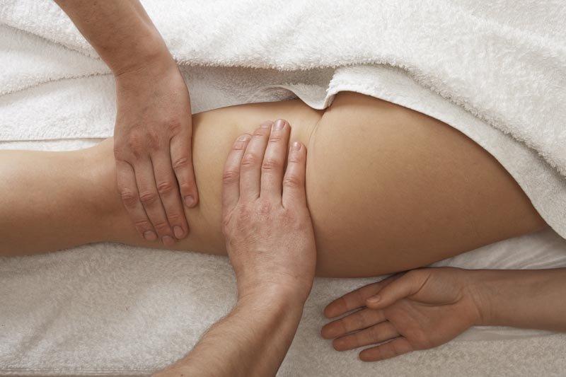 массаж ягодиц секс