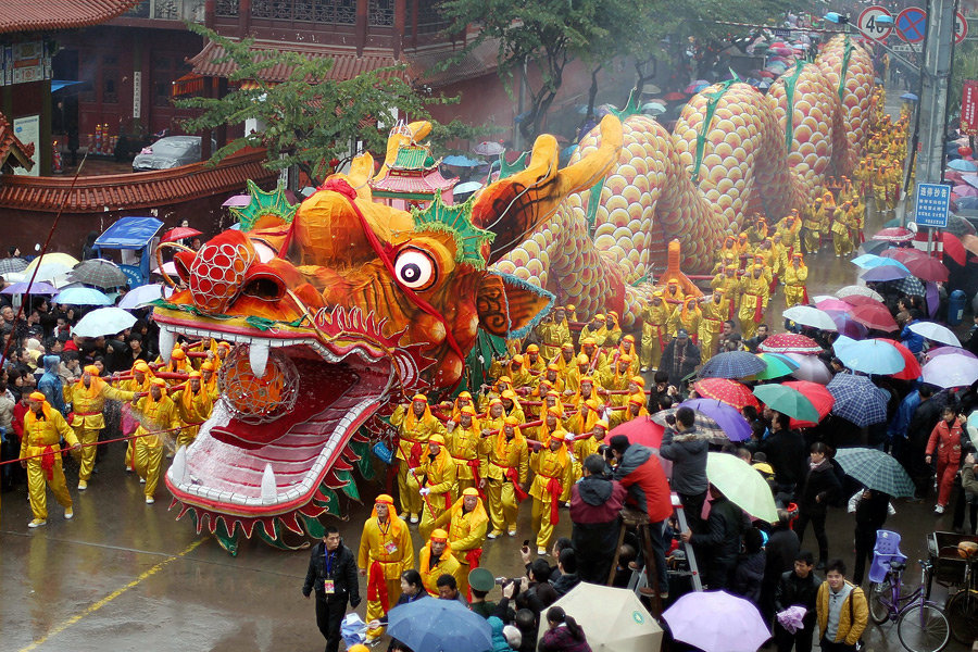 the grandest and noisiest festival in the chinese calendar Qingming festival, also called tomb sweeping day or pure brightness in english, usually falls on april 4 or 5 qingming (清明) is the second of 24 solar terms on the traditional chinese solar calendar.