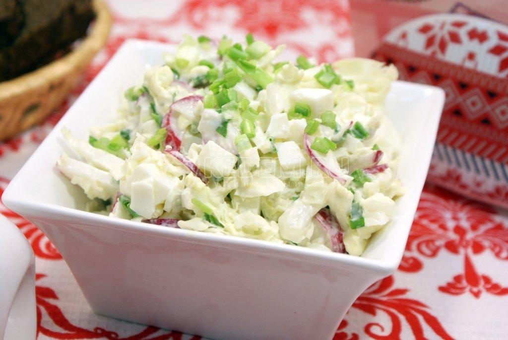 легкий салатик с пекинской капустой