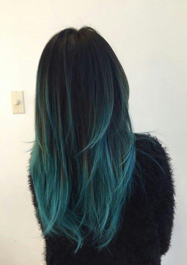 Цветное омбре на тёмные волосы