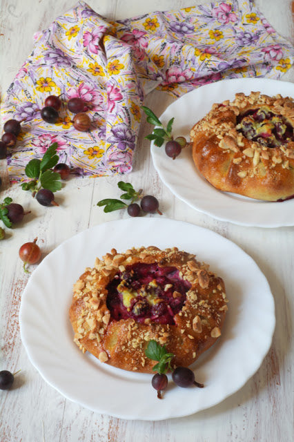 Просто и вкусно: Овсяно-творожная галета с ягодами