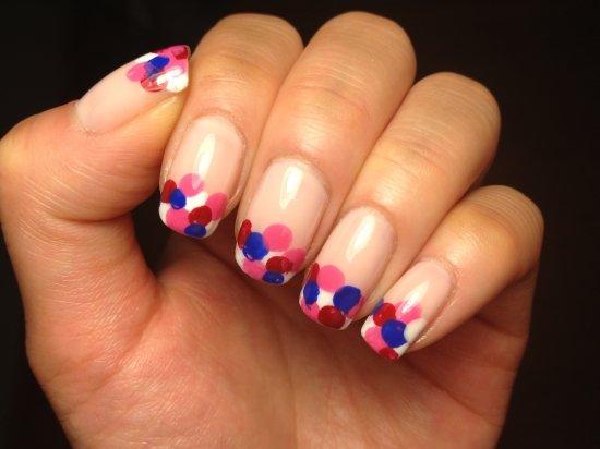 фантазийный френч на ногтях фото