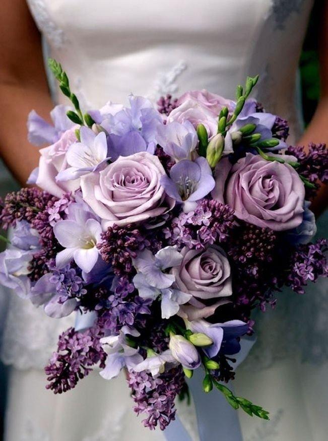 Свадебные  пурпурного цвета