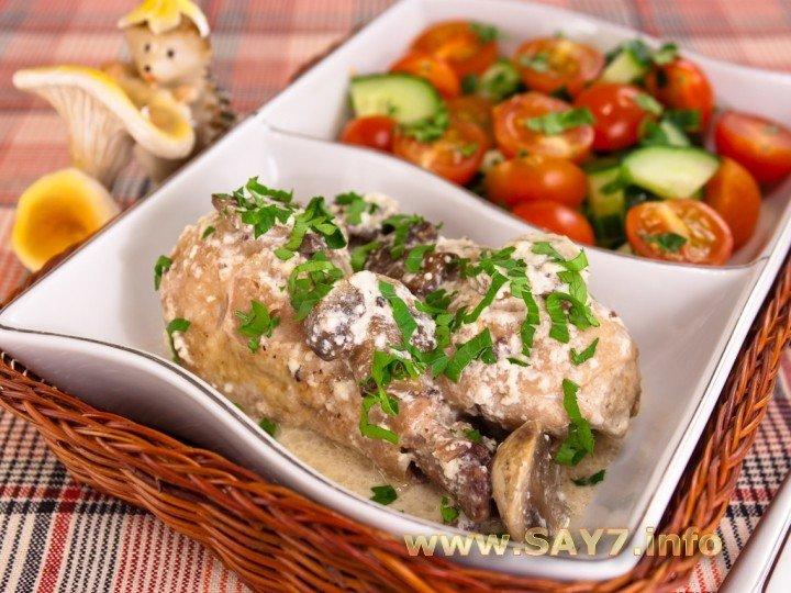 Курица белые грибы сметана