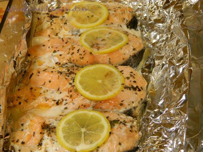 рыба запеченная в фольге в духовке с лимоном рецепт с фото